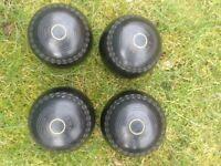 THOMAS TAYLOR lawn bowls SIZE 5's