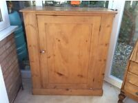 Lovely genuine antique pine cupboard