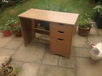 Desk with 3 draws in good condition