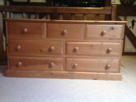 Natural solid chest of drawers