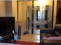 Colindale, NW9, Large fully furnished double Ensuite, 2 mins from tube,inc bills and Internet