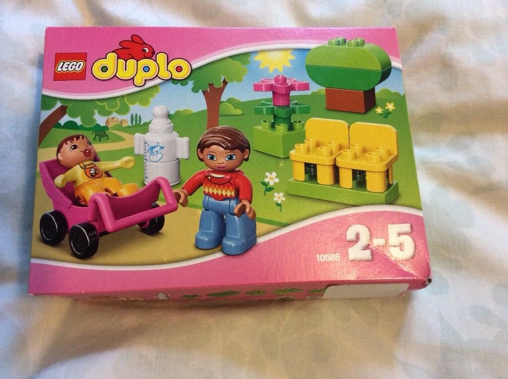 Lego Duplo 10585, mother, baby in pushchair and park bench set,