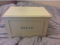 Shabby Chic Bread Bin