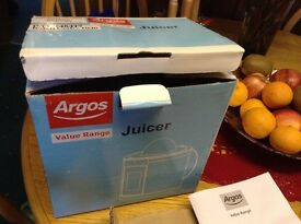 Argos juicer new in box
