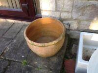 Garden Planters, Pots, Sinks.
