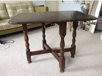 --- SMALL WOODEN TABLE ---