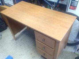 Cherry oak veneer dressing table