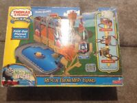 Thomas the Tank engine and friends rescue from Misty Island play set