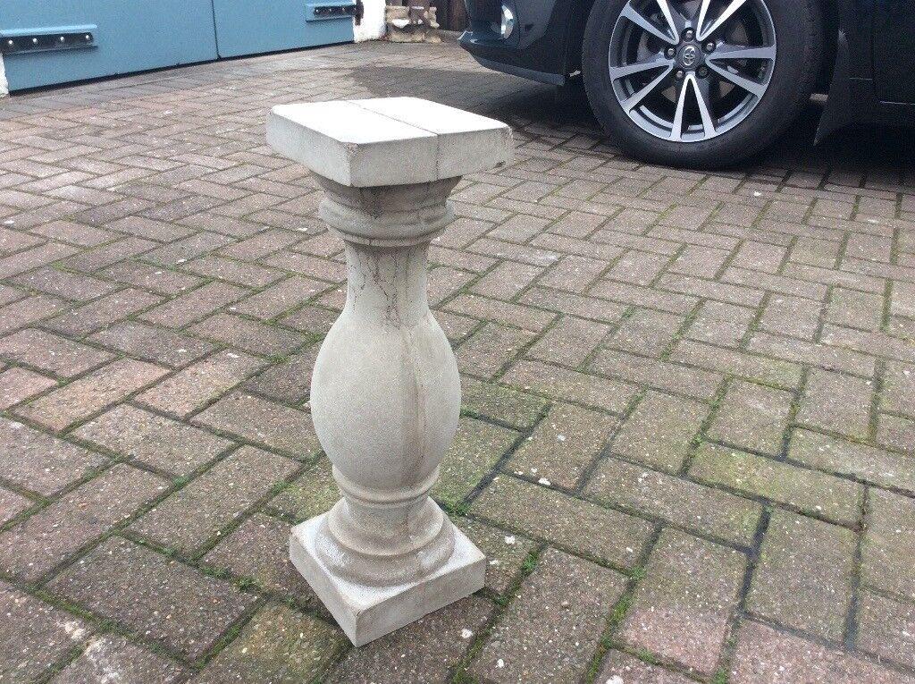 Concrete garden small balustrade pillar
