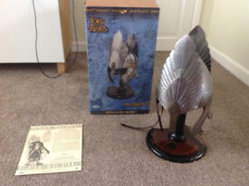 Lord of the Rings - Helm of King Elendil with Stand Product No.: UC1383 2810/5000 united cutlery