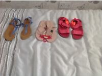 Girls size 6 flip flop and sandals