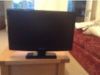2 computer monitors, very good condition
