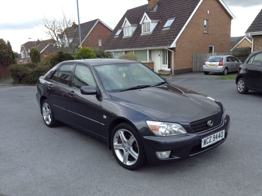 lexus is 200 charcoal grey in dundonald belfast gumtree. Black Bedroom Furniture Sets. Home Design Ideas