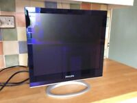 Philips 17 inch flat screen monitor
