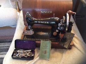 1937 Singer Sewing machine Hand Turn