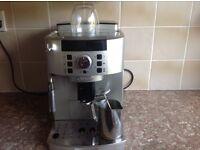 DeLonghi Magnifica Compact Bean to Cup Espresso Maker 1.45kW Silver