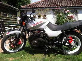 1982 Suzuki GS 650 Katana Shaft Drive Motorcycle Low Miles 25k