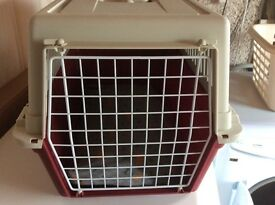 Pet carrier suitable for Shitzu / Lhasa Apso