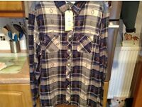 Men's shirt XL BRAND NEW WITH TAGS...unneeded gift. Great for work/nights out etc.
