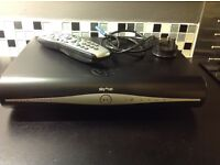 £20 SkY PLUS HD BOX with built in Wi-FI