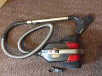 Vacuum cleaner Hoover - still on varranty!