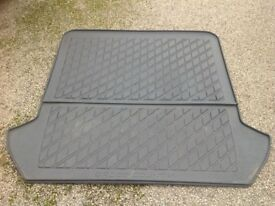 Volvo XC90 Moulded Plastic Boot Mat