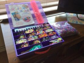 LOOM BANDS - IN PURPLE CASE. WITH EXTRA LOOM, AND LARGE PROJECT BOOK