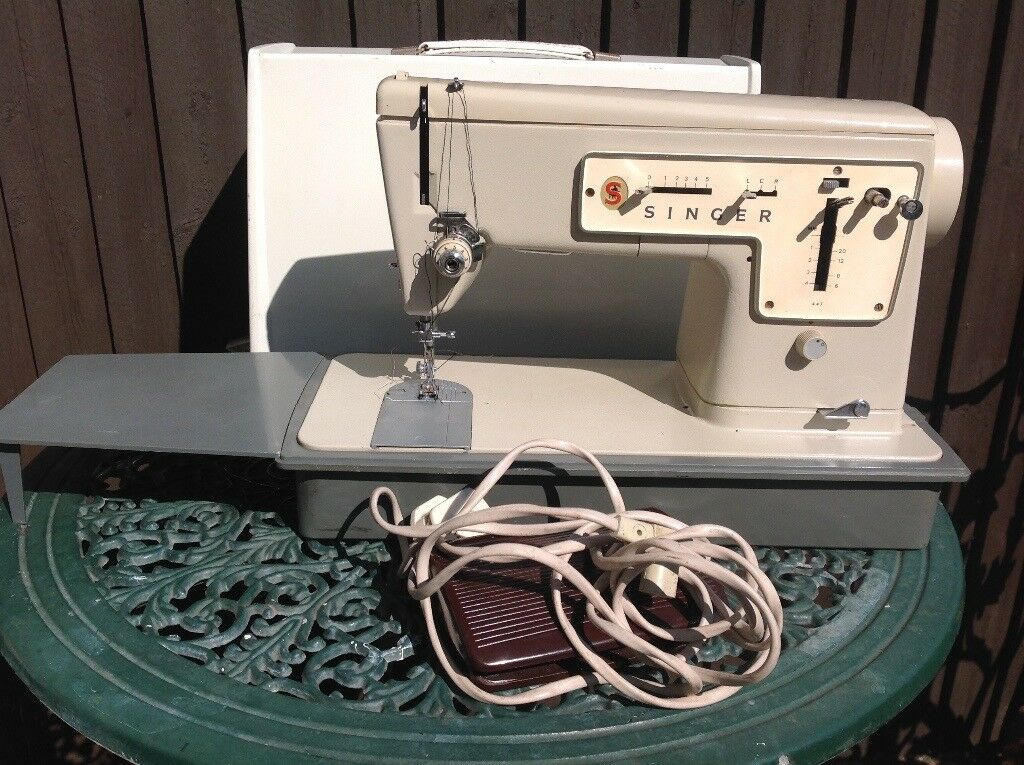 Singer 40 Electric Sewing Machine Peddle Case Electronic In Unique Singer 447 Sewing Machine