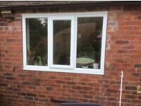 Kitchen window, double glazed, central opening with key