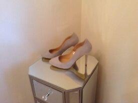 Ladies grey shoes