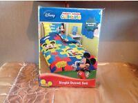 Disney Micky mouse bed set brand new