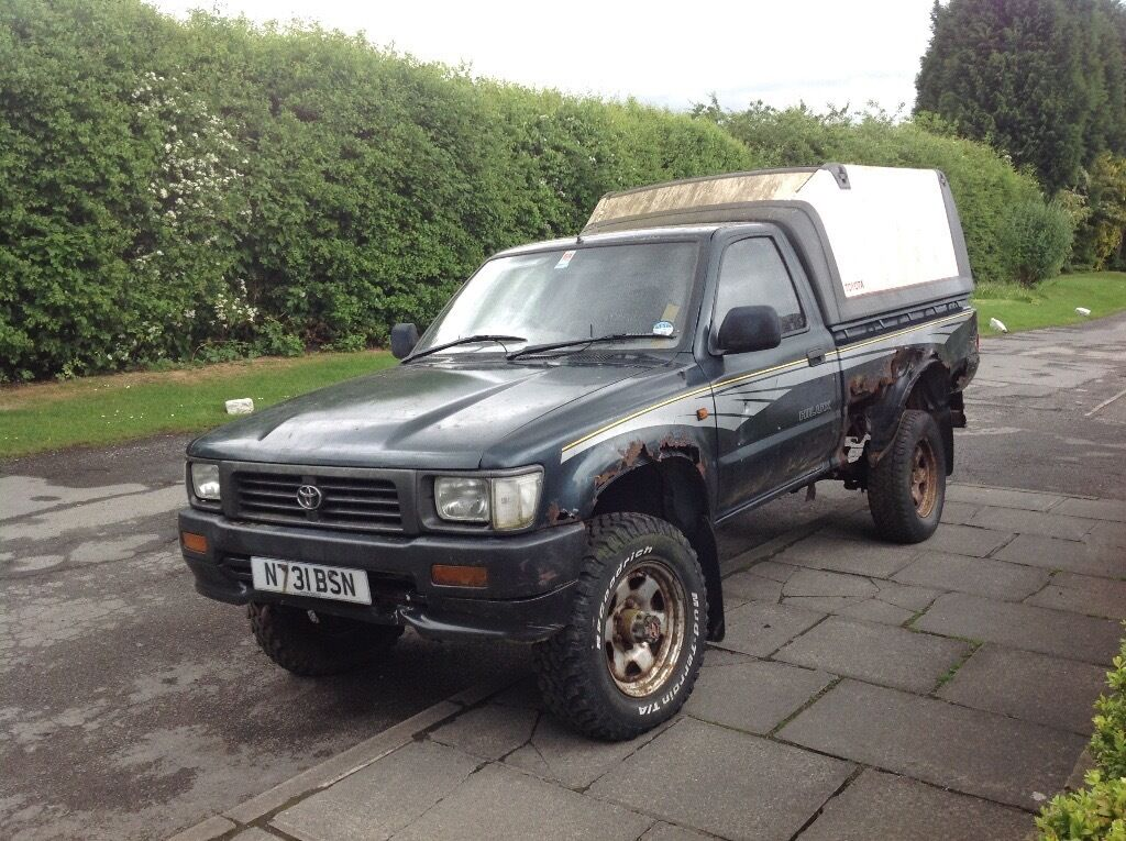 Toyota Hilux Mk3 Non Turbo 4wd 88k In Stockport