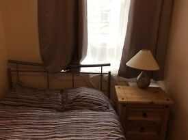 ROOM TO SHARE IN A REFURBISHED 2BED FLAT
