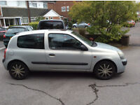Renault Clio Expression 1.2 16v Silver 2004 Good Condition 10 Months MOT
