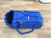 Phil & Teds Cocoon in blue - used but in perfect condition