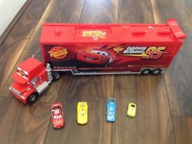 Lightning McQueen truck and cars