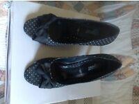 Woman's size 7 Black Polka Dot heeled shoes,vgc.