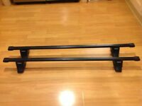 Thule 761 (120 cm) Square Roof Bars fitted with 750 Foot Pack (With Locks)