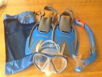 US Divers Children's Snorkle and Flipper Set