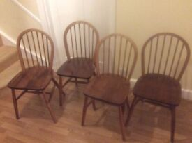 4 Windsor stick back chairs