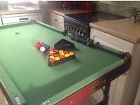 Junior snooker/pool table 4.5ft-2.25ft good condition.