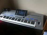 Tyros 4 keyboard no speakers excellent condition no offers