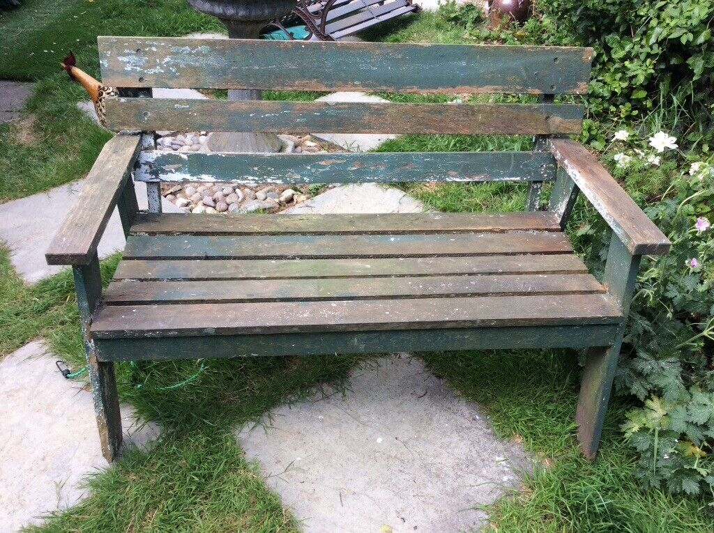 Swell Old Wooden Garden Bench Could Do With Painting In Caraccident5 Cool Chair Designs And Ideas Caraccident5Info
