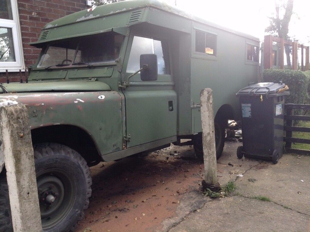 Land rover series 2a military ambulance