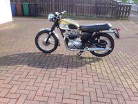 Classic Triumph 350cc, done as a T90 . . £2500