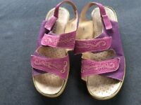 Pink/Purple Sandals Size 6