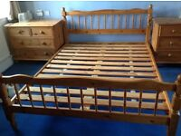 King size bed base in pine.
