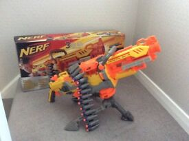 NERF toy machine gun with tripod stand & amo bullet belt