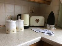 Russell Hobbs Toaster, Kettle and other items