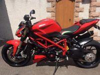 Ducati streetfighter 848 mint